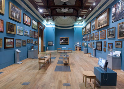 Picturing Sheffield gallery at Weston Park Museum © Andy Brown
